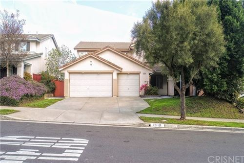 Photo of 12118 Edgecliff Avenue, Sylmar, CA 91342 (MLS # SR20062204)