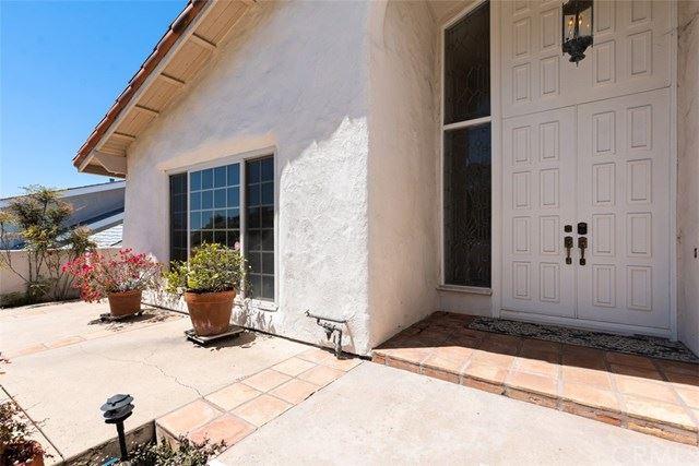 Photo of 641 Vista Valinda, San Clemente, CA 92672 (MLS # OC21087204)