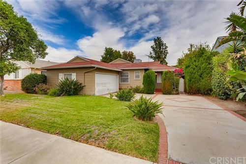 Photo of 5846 Bucknell Avenue, Valley Village, CA 91607 (MLS # SR20235205)
