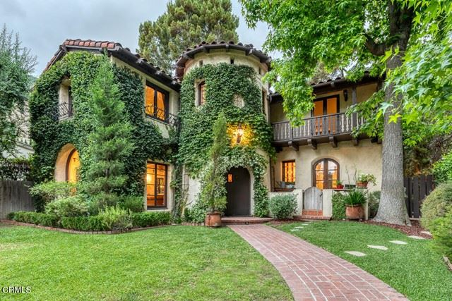 Photo of 605 E Mountain Street, Glendale, CA 91207 (MLS # P1-5205)