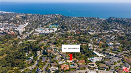 Photo of 1085 PALISAIR Place, Pacific Palisades, CA 90272 (MLS # 20545206)
