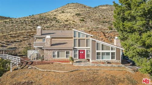 Photo of 8855 Escondido Canyon Road, Agua Dulce, CA 91390 (MLS # 21694206)