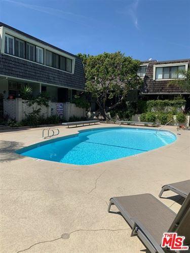 Photo of 4780 La Villa Marina #6, Marina del Rey, CA 90292 (MLS # 21716206)