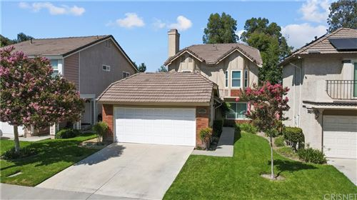 Photo of 19863 Emmett Road, Canyon Country, CA 91351 (MLS # SR21228206)