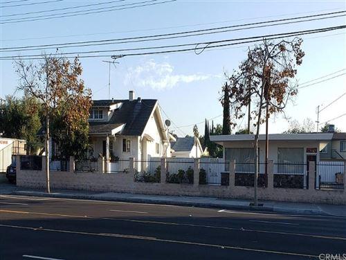 Photo of 1614 W Edinger Avenue, Santa Ana, CA 92704 (MLS # PW21166207)