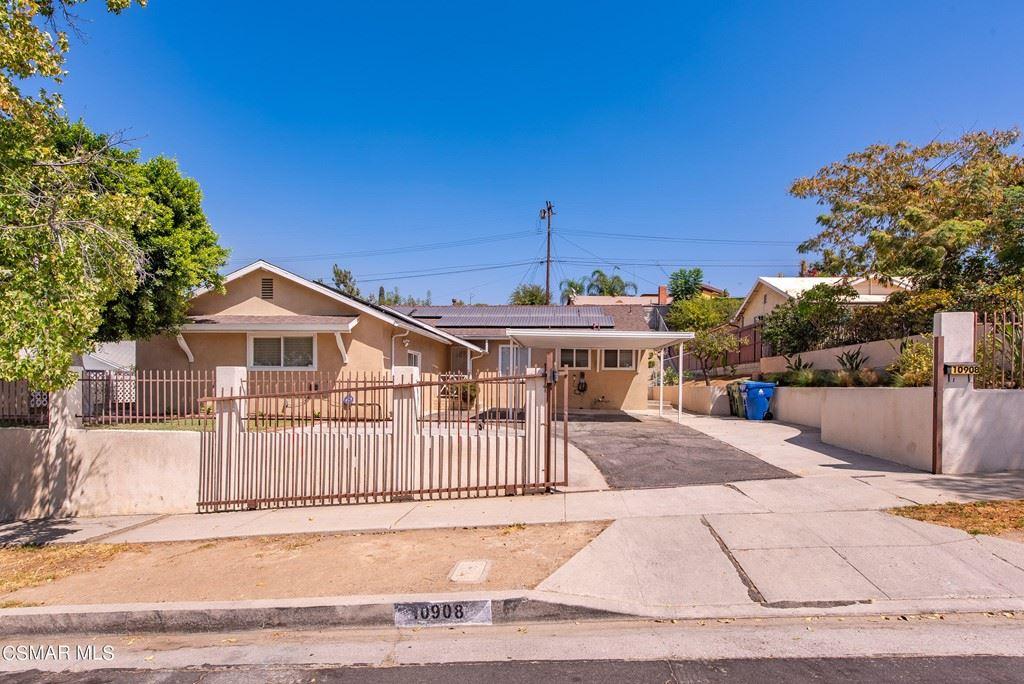 Photo for 10908 Jamie Avenue, Pacoima, CA 91331 (MLS # 221005207)