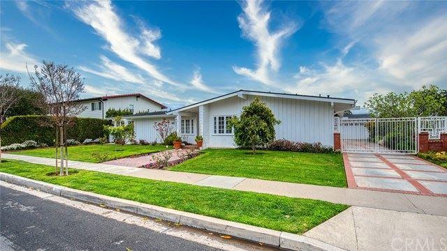 Photo of 1530 Anita Lane, Newport Beach, CA 92660 (MLS # NP21097210)