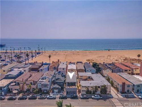 Photo of 407 E Balboa Boulevard, Newport Beach, CA 92661 (MLS # NP20197211)