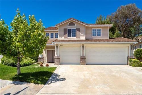 Photo of 27603 Ron Ridge Drive, Saugus, CA 91350 (MLS # SR21115211)