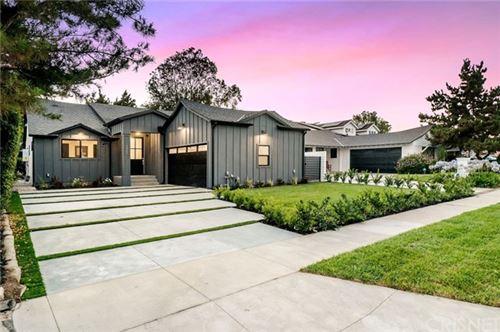 Photo of 5465 Saloma Avenue, Sherman Oaks, CA 91411 (MLS # SR21146211)