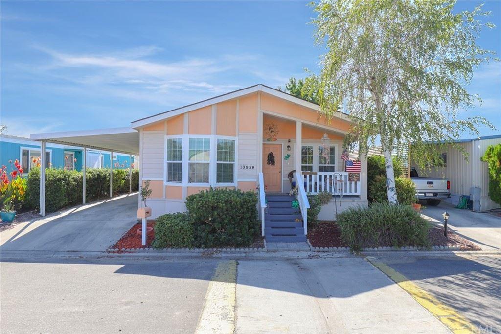 Photo of 10858 Los Pueblos #16, Atascadero, CA 93422 (MLS # NS21203211)