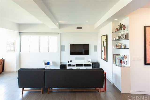Photo of 865 Comstock Avenue #17A, Los Angeles, CA 90024 (MLS # SR20187211)