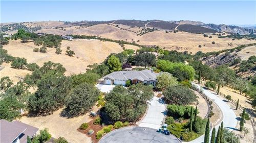 Photo of 9830 Bluegill Drive, Paso Robles, CA 93446 (MLS # NS21043213)