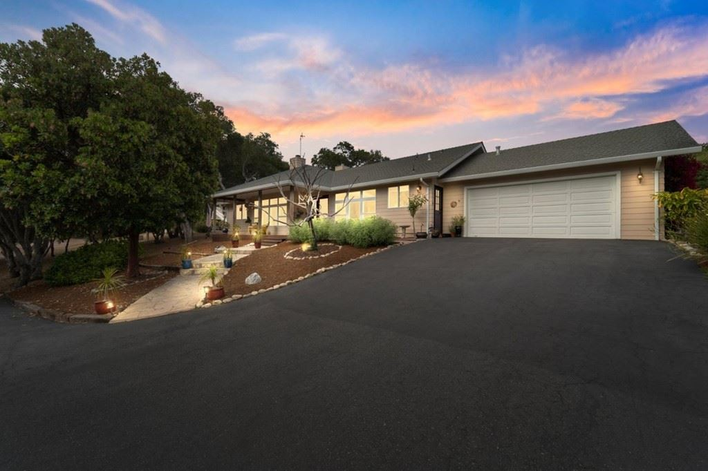 8761 Woodland Heights Lane, Salinas, CA 93907 - MLS#: ML81859213