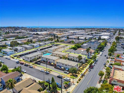 Photo of 755 W 18th Street, Costa Mesa, CA 92627 (MLS # 21786214)