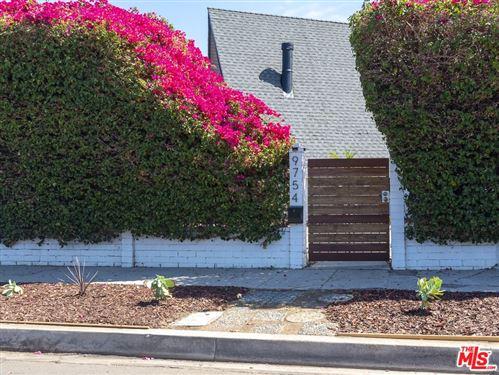 Tiny photo for 9754 Swinton Avenue, North Hills, CA 91343 (MLS # 21788214)