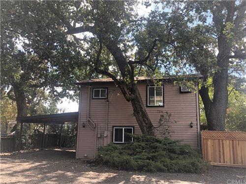Photo of 13911 Lakeshore Drive, Clearlake, CA 95422 (MLS # LC21227214)