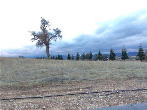 Photo of 1280 Fire Rock Loop, Templeton, CA 93465 (MLS # NS21030214)