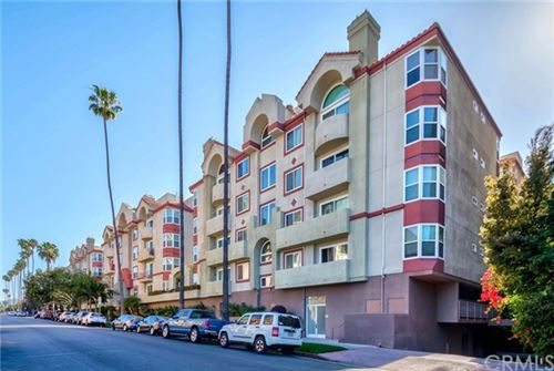 Photo of 620 S Gramercy Place #425, Los Angeles, CA 90005 (MLS # PW21108214)
