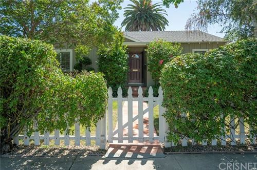 Photo of 5432 Saloma Avenue, Sherman Oaks, CA 91411 (MLS # SR20135214)