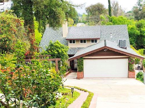 Photo of 4914 Marmol Drive, Woodland Hills, CA 91364 (MLS # SR20164214)