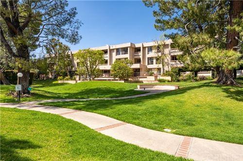 Photo of 15233 Magnolia Boulevard #309, Sherman Oaks, CA 91403 (MLS # SR21079214)