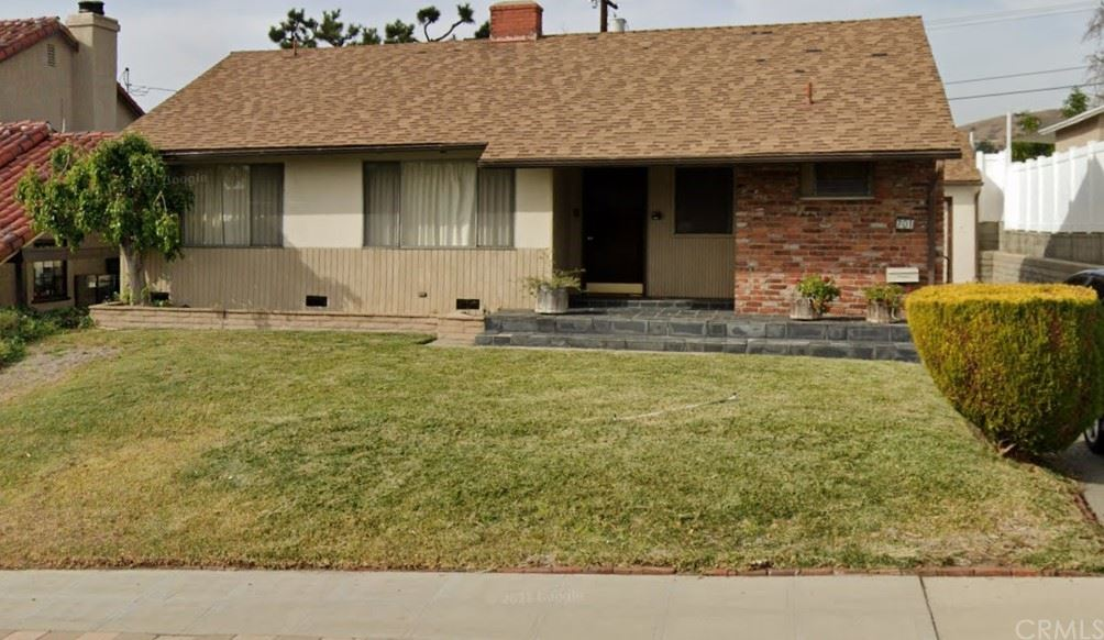 Photo for 701 Stephen Road, Burbank, CA 91504 (MLS # OC21207214)