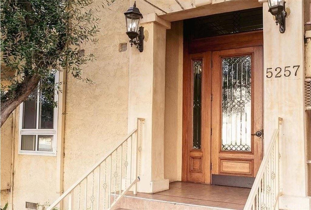 Photo of 5257 Radford Avenue #306, Valley Village, CA 91607 (MLS # SR21198214)