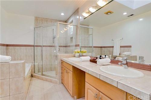 Tiny photo for 5510 Wortser Avenue, Sherman Oaks, CA 91401 (MLS # SR21007215)