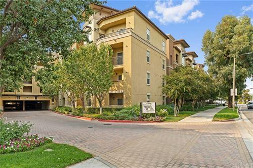 Photo of 24535 Town Center Drive #6304, Valencia, CA 91355 (MLS # SR21214215)