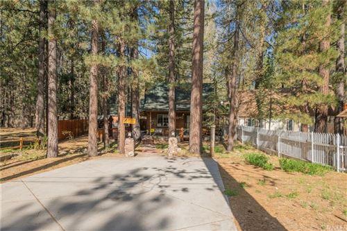 Photo of 888 Jaybird Lane, Big Bear, CA 92315 (MLS # SW21098215)