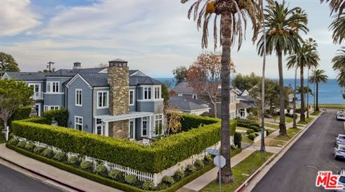 Photo of 338 SWARTHMORE Avenue, Pacific Palisades, CA 90272 (MLS # 20541216)