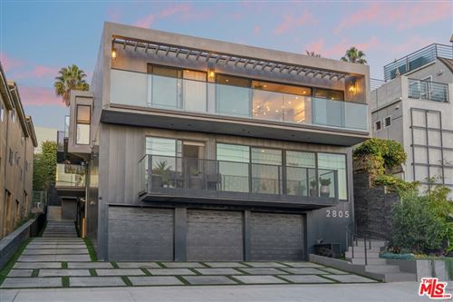 Photo of 2805 3Rd Street, Santa Monica, CA 90405 (MLS # 21695216)