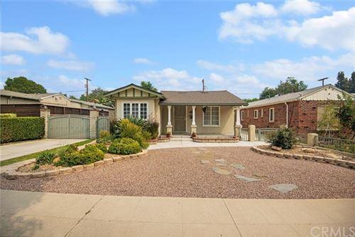 Photo of 146 S Parish Place, Burbank, CA 91506 (MLS # BB20193216)