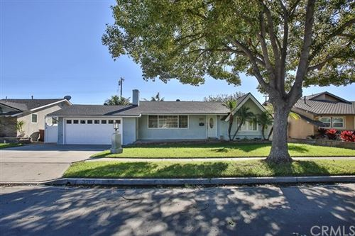 Photo of 3262 W Ravenswood Drive, Anaheim, CA 92804 (MLS # OC20238216)