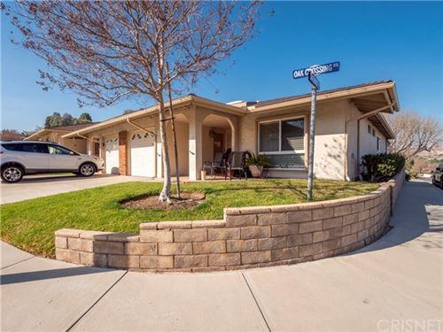 Photo of 19325 Oak Crossing Road, Newhall, CA 91321 (MLS # SR21047216)