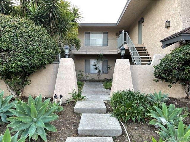 Photo of 310 E Blueridge Ave #320, Orange, CA 92865 (MLS # AR21035216)