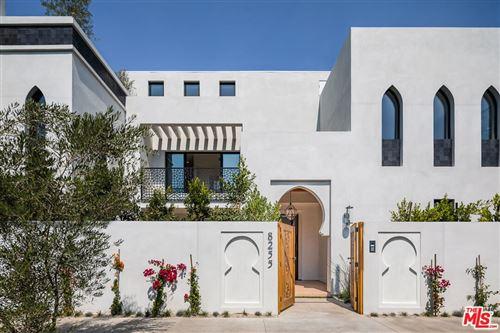 Photo of 8255 Oakwood Avenue, Los Angeles, CA 90048 (MLS # 21791218)