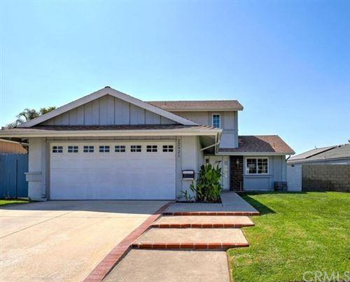 Photo of 22921 Mullin Road, Lake Forest, CA 92630 (MLS # OC20200218)