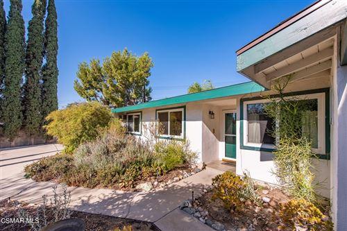 Photo of 16458 Gunther Street, Granada Hills, CA 91344 (MLS # 221005219)