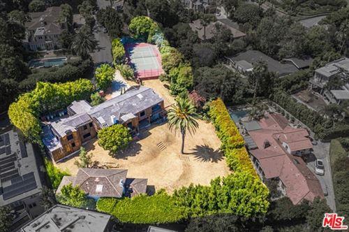 Photo of 1120 SUMMIT Drive, Beverly Hills, CA 90210 (MLS # 20665220)