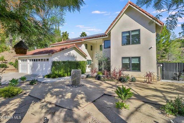 Photo of 1624 Valecroft Avenue, Westlake Village, CA 91361 (MLS # 221000220)