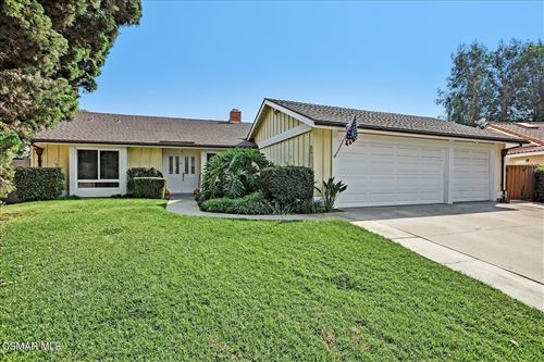 Photo of 194 Wedgewood Circle, Thousand Oaks, CA 91360 (MLS # 221005221)