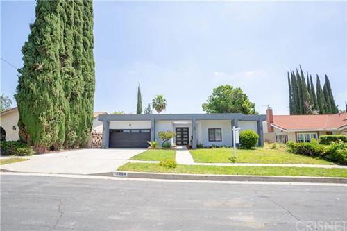 Photo of 10454 Yarmouth Avenue, Granada Hills, CA 91344 (MLS # SR20091221)