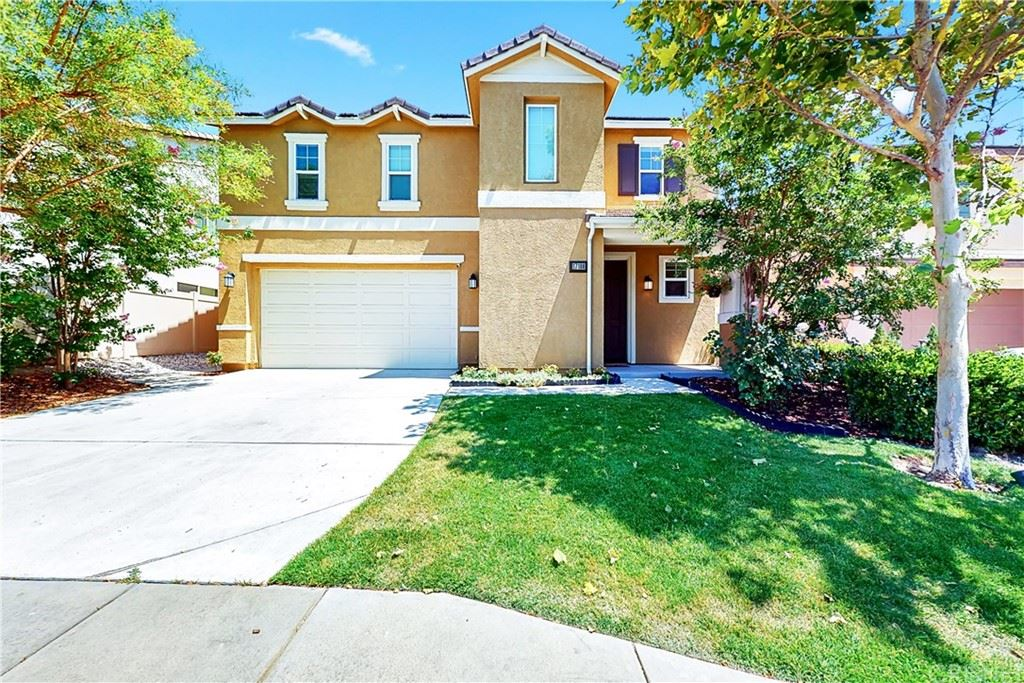 Photo for 17108 Silk Tree Way, Canyon Country, CA 91387 (MLS # SR21146221)