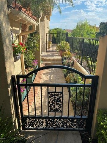 Photo of 915 Corte Augusta, Camarillo, CA 93010 (MLS # V0-220009221)