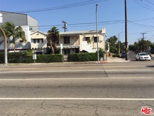 Photo of 2664 S LA BREA Avenue, Los Angeles, CA 90016 (MLS # 19523222)