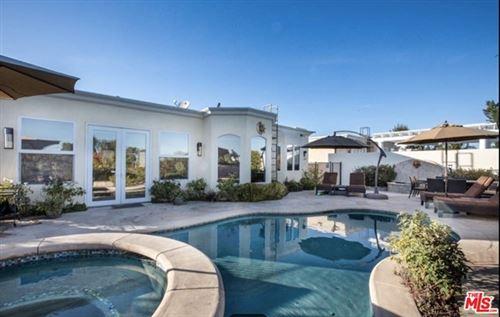 Photo of 5234 Calatrana Drive, Woodland Hills, CA 91364 (MLS # 20658222)