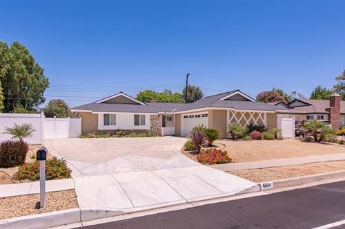 Photo of 61 W Avenida De Las Flores, Thousand Oaks, CA 91360 (MLS # 220007223)