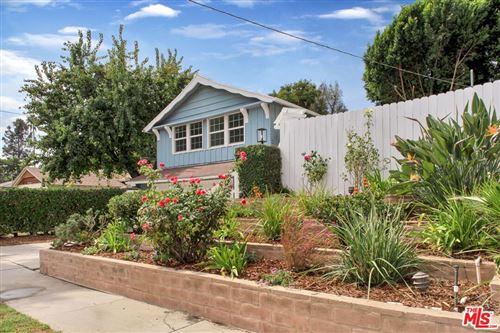 Photo of 4951 Alcove Avenue, Valley Village, CA 91607 (MLS # 21790224)